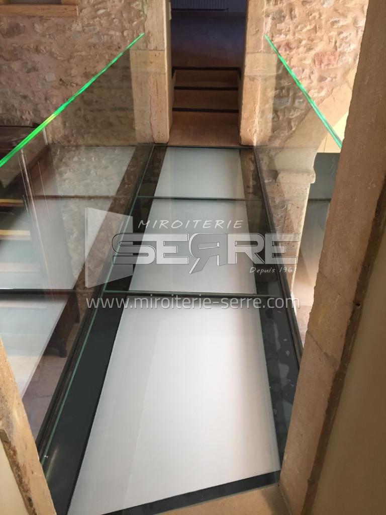 dalle de verre sur mesure etude fabrication et installation miroiterie serre. Black Bedroom Furniture Sets. Home Design Ideas