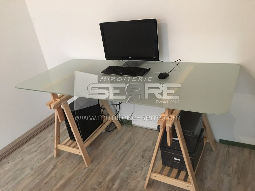 etude et fabrication table de bureau en verre feuillet miroiterie serre. Black Bedroom Furniture Sets. Home Design Ideas